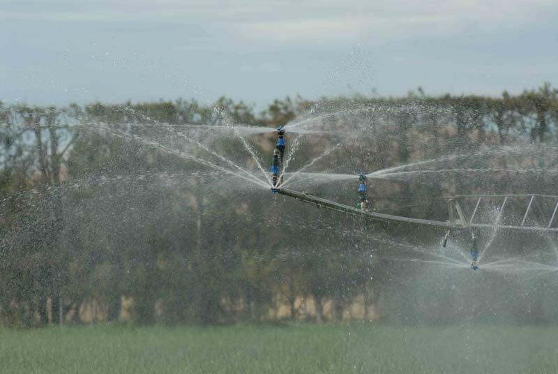 Linear Irrigation sprayer
