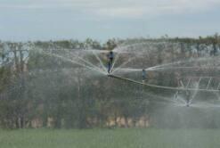 Travelling irrigation