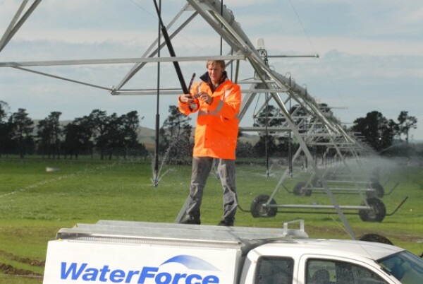 8 Tips to Accurately check your centre pivot
